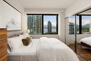 Qube 1006 View Bedroom