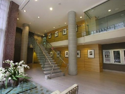 Ceilo Lobby Entrance